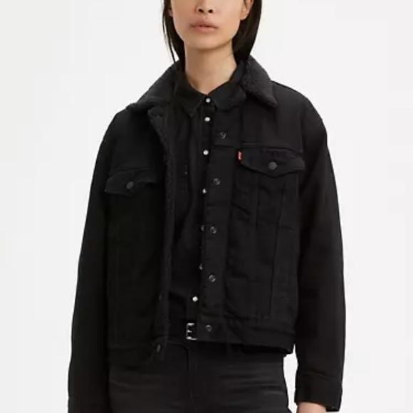 Levi's black sherpa lined trucker jacket
